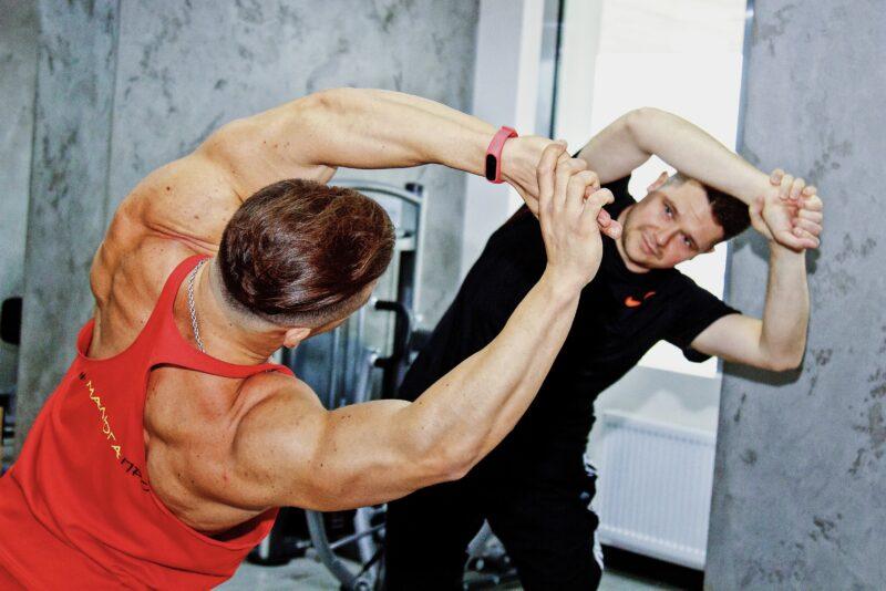 Пошкодження хребта: грижі, протрузії і тренування