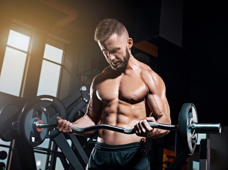 Правильний жим під нахилом для грудних м'язів